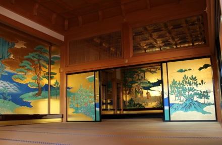 at-Kumamoto-castle-2