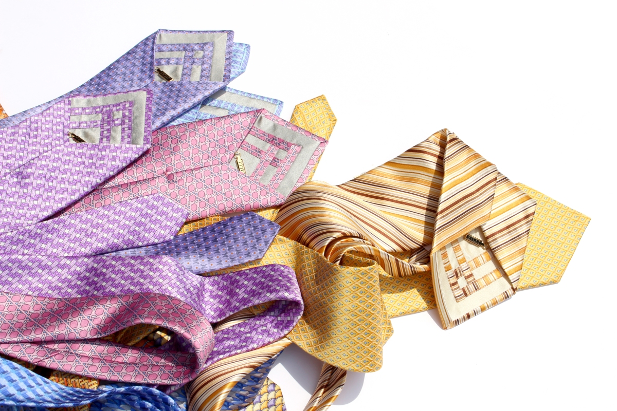 贈り物としてネクタイを選ぶなら。