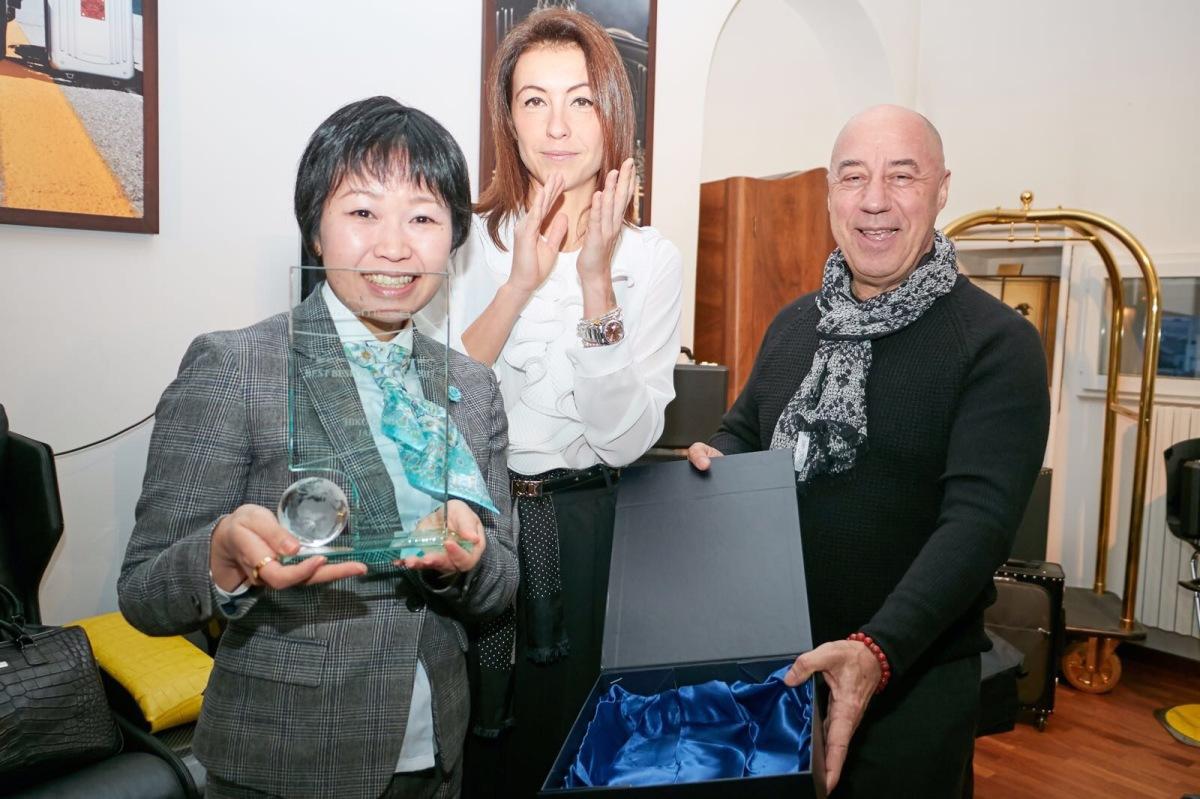 父娘経営の小さなブティックが、熊本地震を乗り越えて世界一になった日。